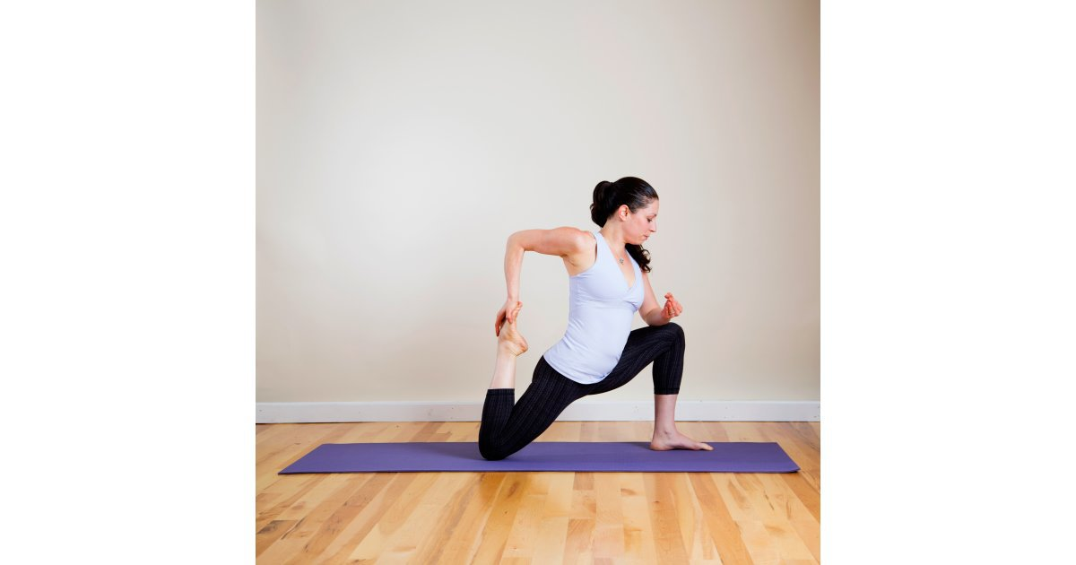 Kneeling quad stretch loosen up tight quads with a yoga for Floor quad stretch