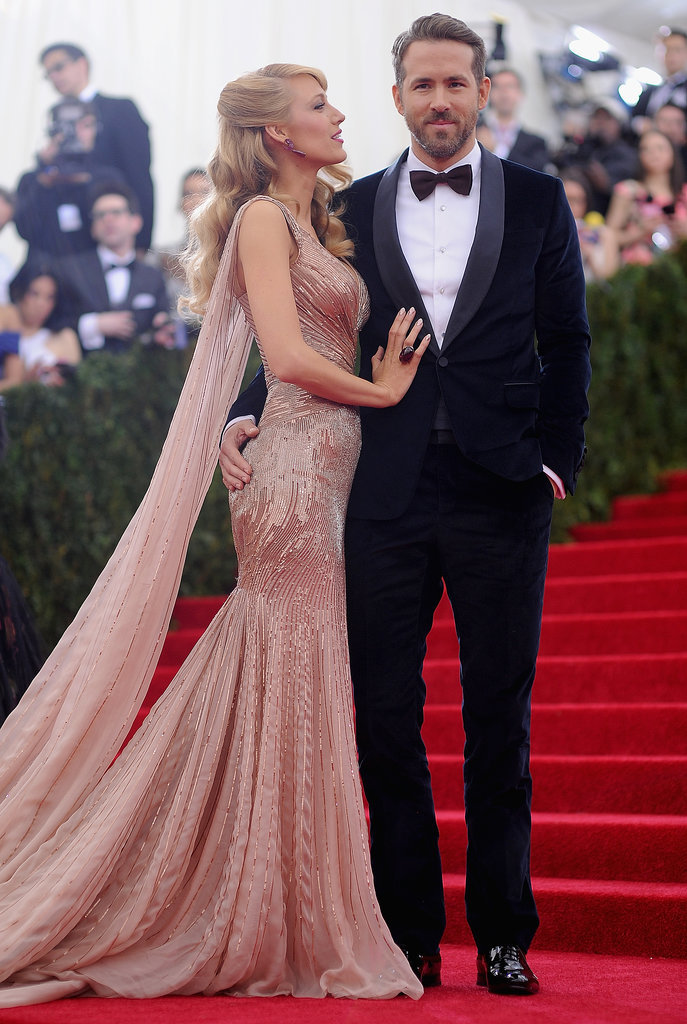 Blake Lively and Ryan Reynolds looked like quite the golden couple when they arrived at the 2014 Met Gala on Monday night in NYC.