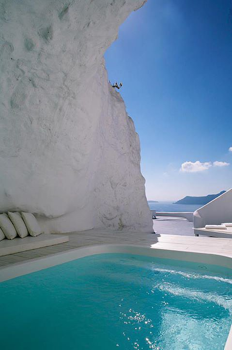 Katikies Hotel Cave Pool, Greece