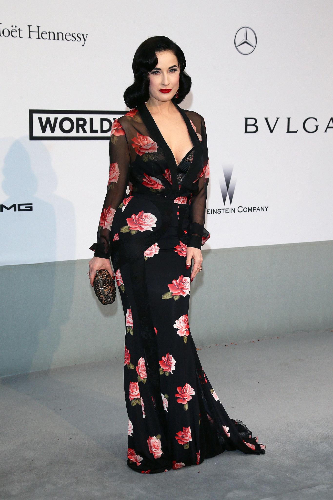 Dita Von Teese showed off her curves.