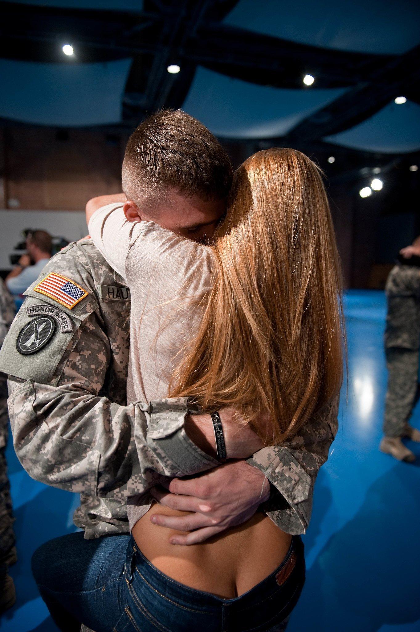 Хочу секс з солдат кой 9 фотография