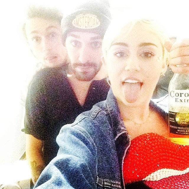 Miley Cyrus squeezed in a little extra party time before her show. Source: Instagram user mileycyrus