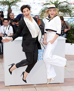 Chloe-Grace-Moretz-Juliette-Binoche-got-animated-while-promoting