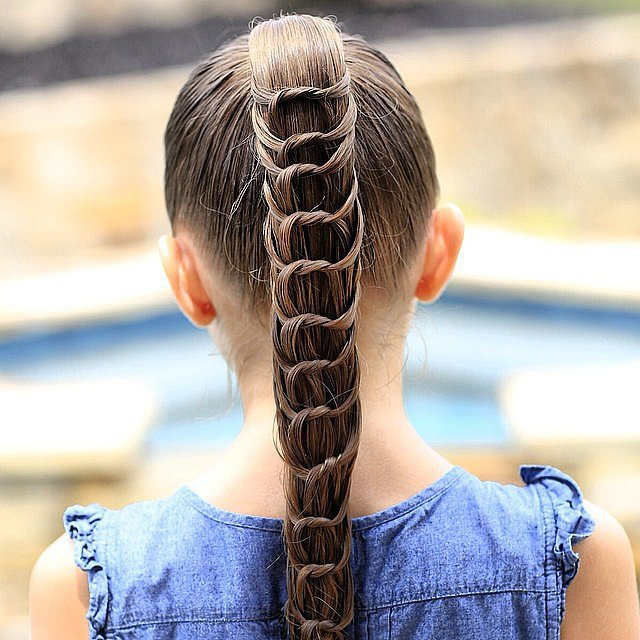Do: Practice making these Summer-friendly hairstyles to keep your tot cool this season