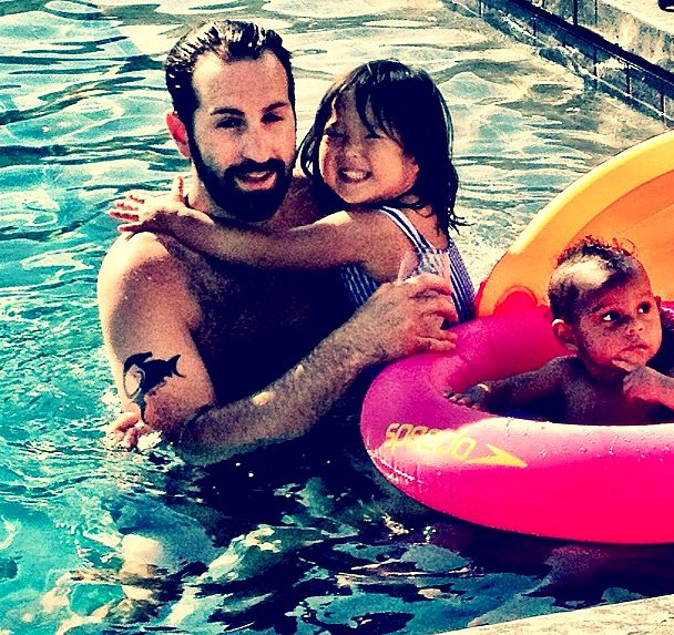 Josh Kelley With Naleigh and Adalaide