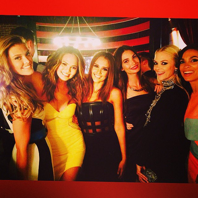 Nina Agdal, Chrissy Teigen, Jessica Alba, Lily Aldridge, Jaime King, and Rosario Dawson had fun at the Guys Choice Awards. Source: Instagram user jessicaalba