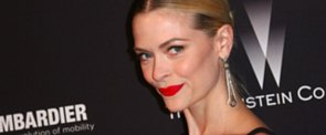 Why Jaime King Relies on Surfers For Beauty Inspiration