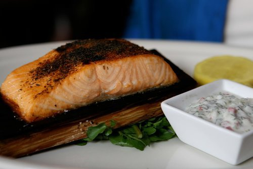 Washington: Cedar Plank Grilled Salmon