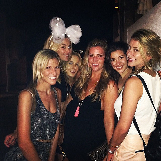 The ladies stuck together for a night out.  Source: Instagram user lobosworth