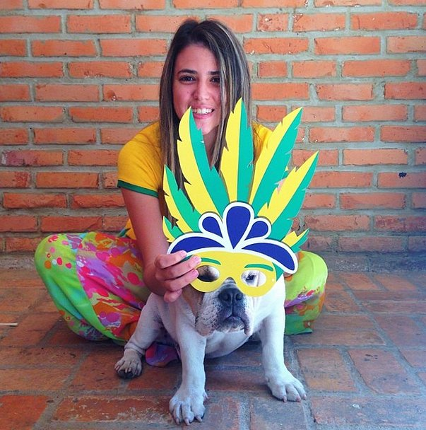 There's no better way to show love for Brazil than with a fun mask. Source: Instagram user crisoya