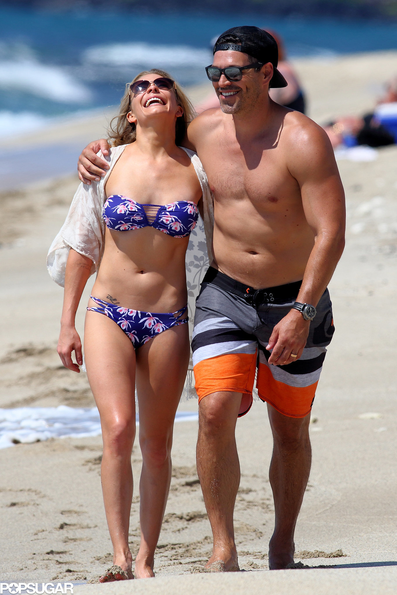 LeAnn Rimes and Eddie Cibrian Pack On the PDA in Paradise