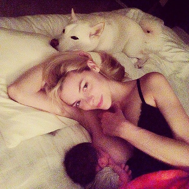 9 Celeb Moms Who've Shared Their Breastfeeding Selfies