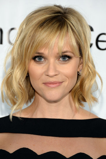 Reese Witherspoon Is the Queen of Flirty, Feminine Beauty Looks