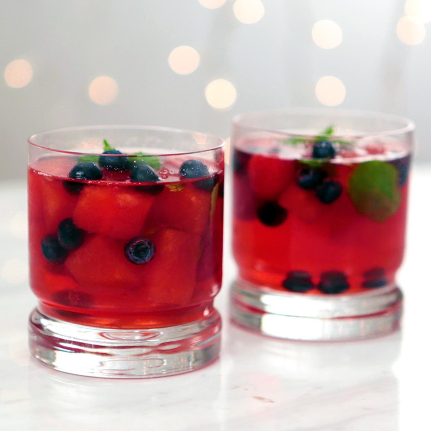 ... minty spritzer a berry minty spritzer 4 jpg a berry minty spritzer 4