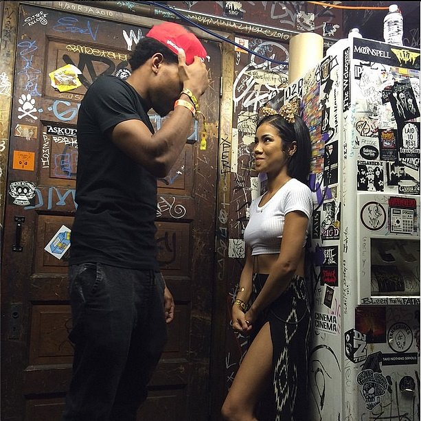 Chance the Rapper and the ever-adorable Jhené Aiko snuck a quiet moment backstage before performing two songs together. Source: Instagram user chancetherapper