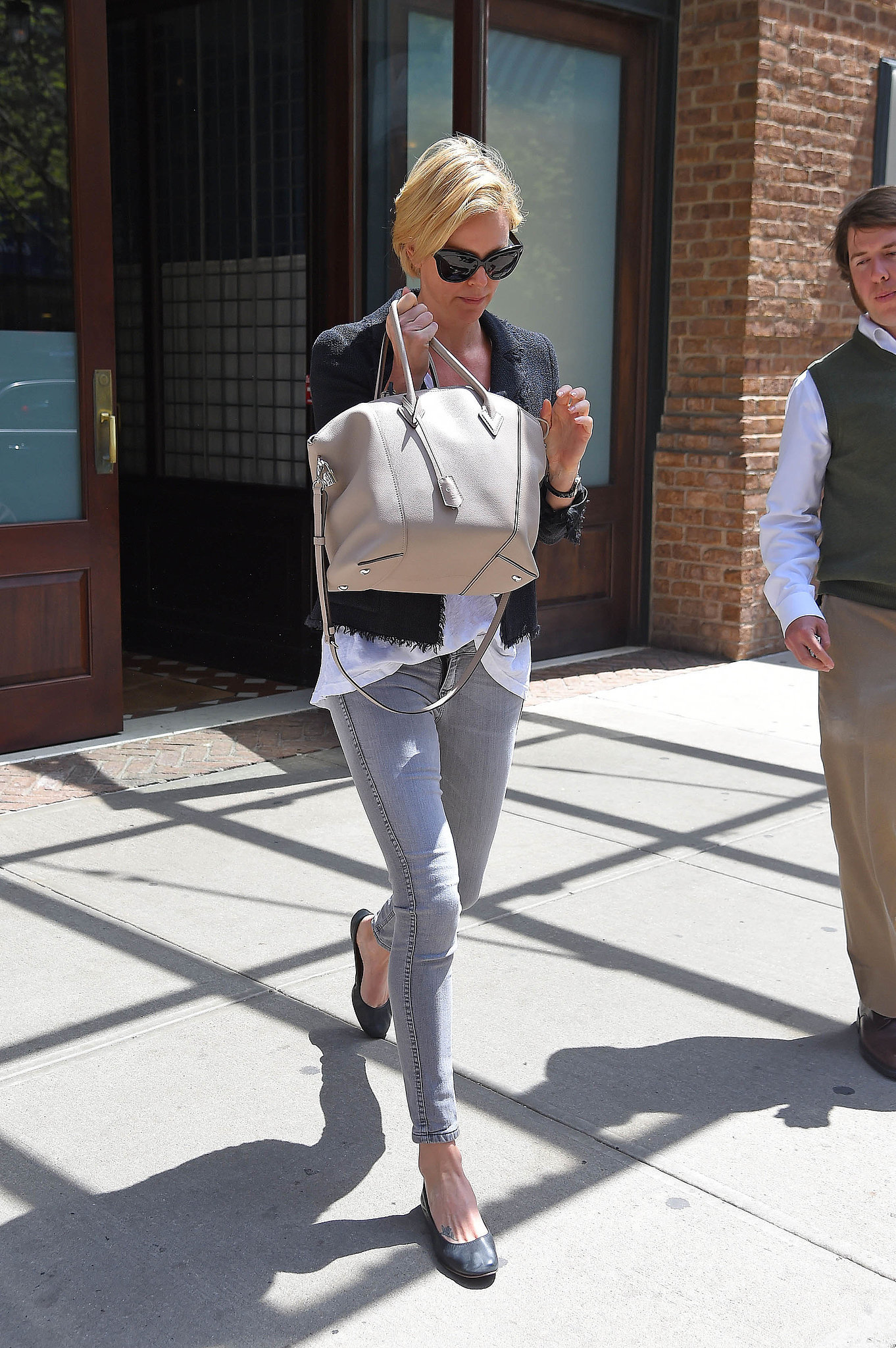 Charlize's off-duty style always feels poli