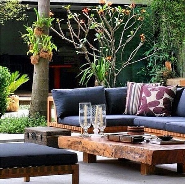 Coffee tables don't have to be cooped up inside; bring your living space outdoors and enjoy your morning coffee al fresco.  Source: Instagram user tarasbalkon