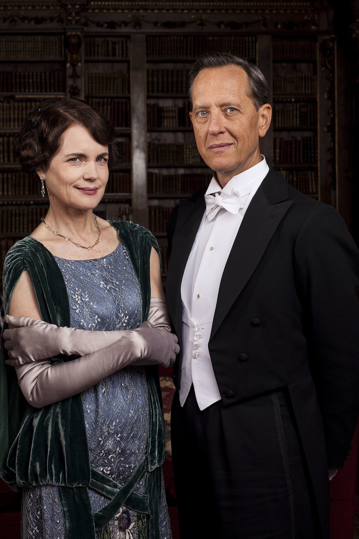 Cora Crawley (Elizabeth McGovern) and Simon Bicker (Richard E. Grant) look glamorous.