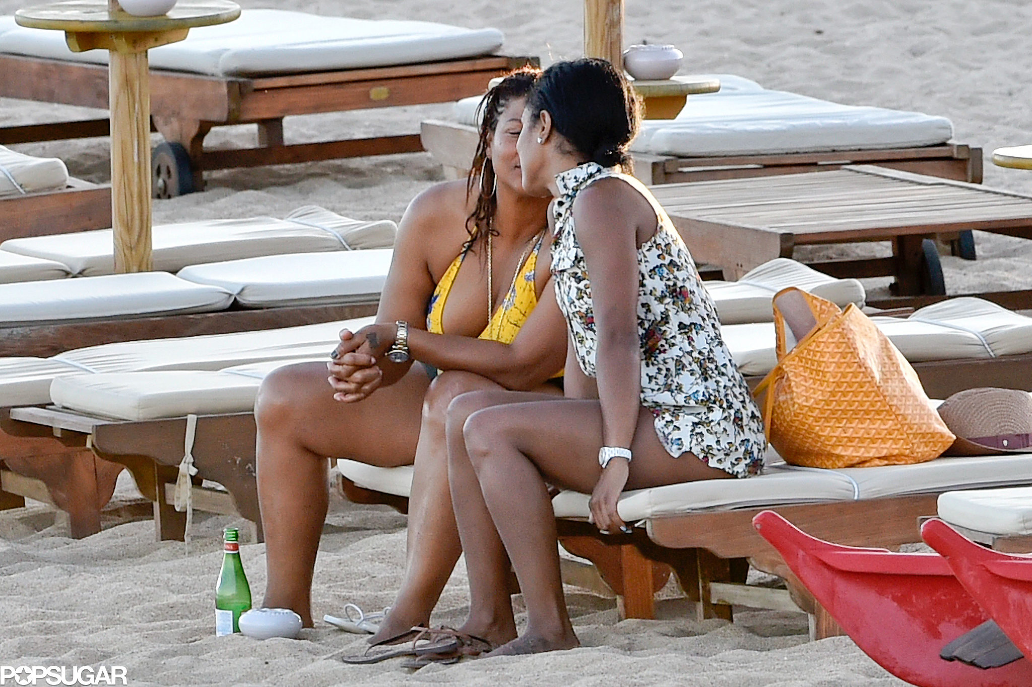 Queen Latifah Shares a Sweet Kiss With Her Girlfriend