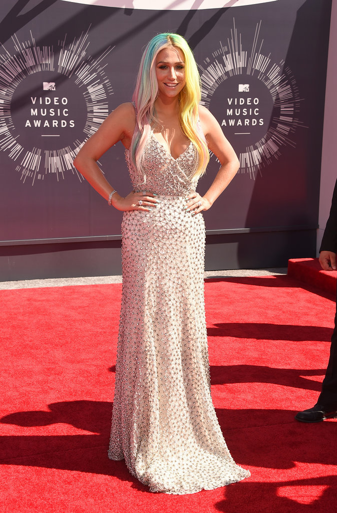 Kesha at the 2014 MTV VMAs