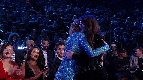 Lorde and Taylor Swift Hugged It Out, and It Was Adorable