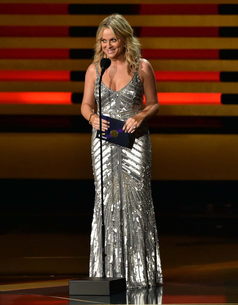 """Amy Poehler pulled her best """"Beyoncé"""" when she presented the first award."""