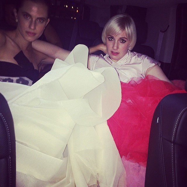Lena Dunham and Allison Williams gave their feet a break at an afterparty.