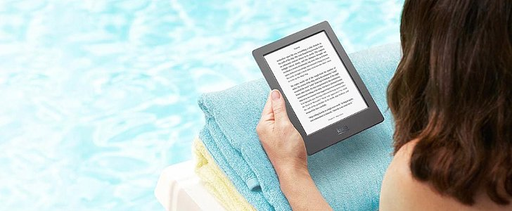 This Ereader Can Swim With You in the Pool