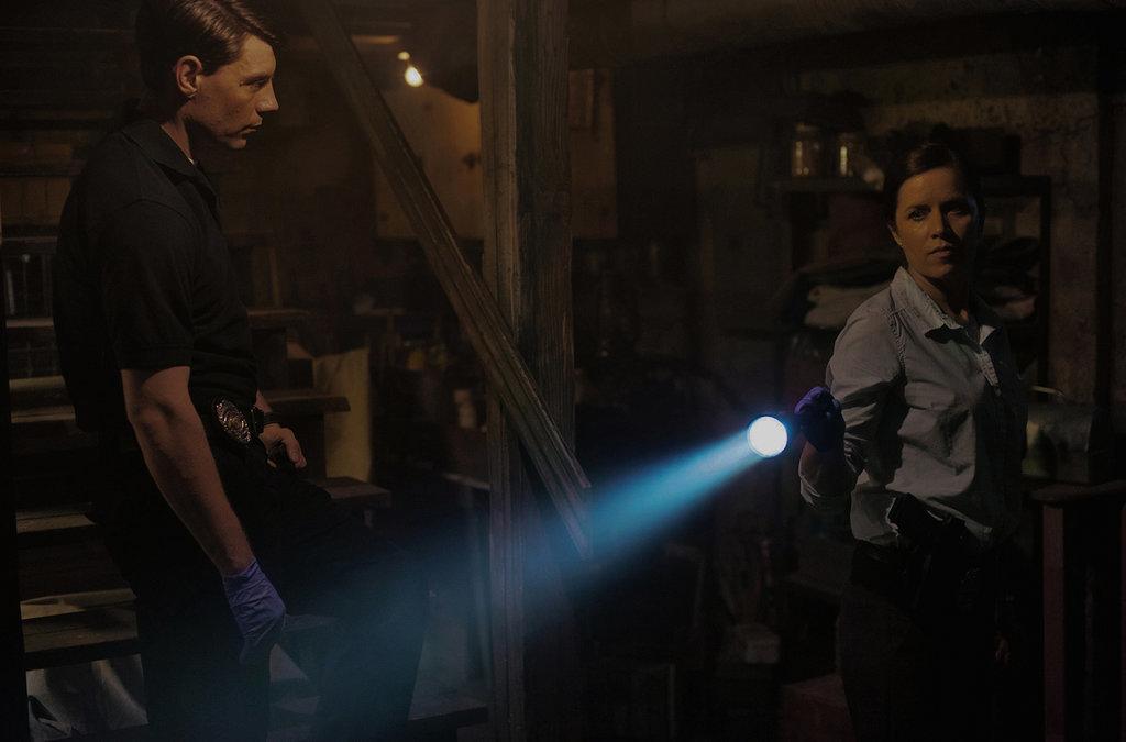 Ooh! Flashlights!