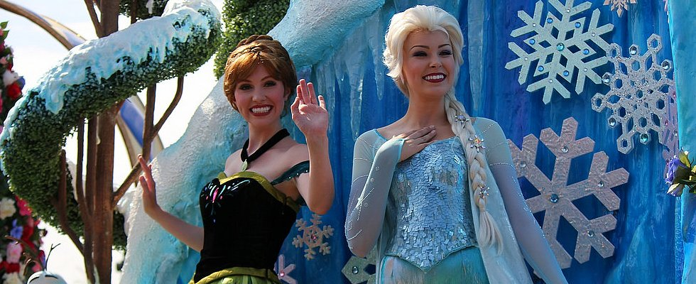 There's a New Frozen Beauty Salon at Disneyland