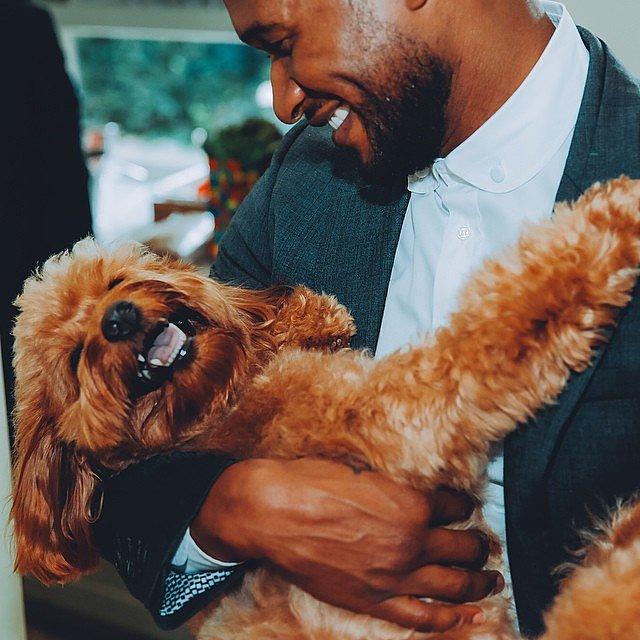 This photo of Usher cuddling his dog Scarlett in September 2014 made us melt.