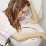 The Difference Between Stomach Virus and Food Poisoning