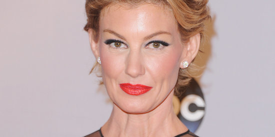 Faith Hill Debuts A Pixie Cut At The CMA Awards