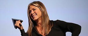"Jennifer Aniston: Going Makeup Free Is ""Empowering"""