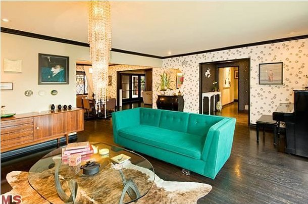 Christina Ricci Gets Rid of her Tiny Bungalow in LA