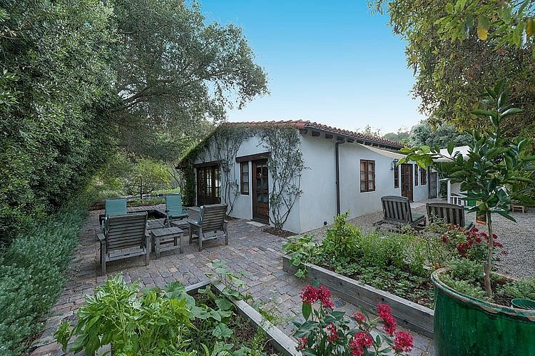 Robert Pattinson Secures a Beautiful New House in the Hollywood Hills