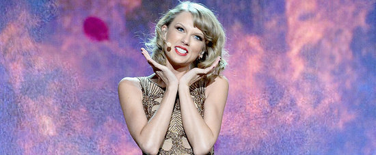 The 13 Craziest Faces From Taylor Swift's AMAs Performance