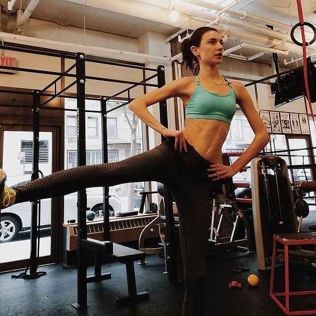 Jacquelyn-Jablonski-gym-before-flying-ou