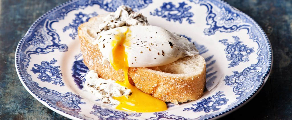7 Simple Tips For Perfect Poached Eggs Every Time