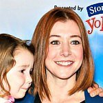 "Alyson Hannigan gets ""revenge"" on her breastfeeding biter"