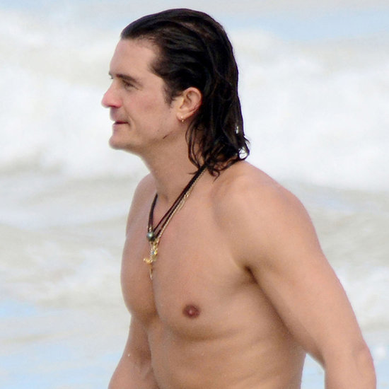 Orlando Bloom Shirtless in Cancun | Pictures