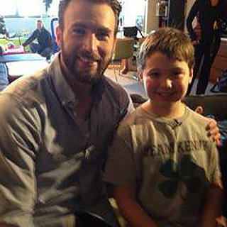 Chris Evans Visiting Sick Kids in Hospital