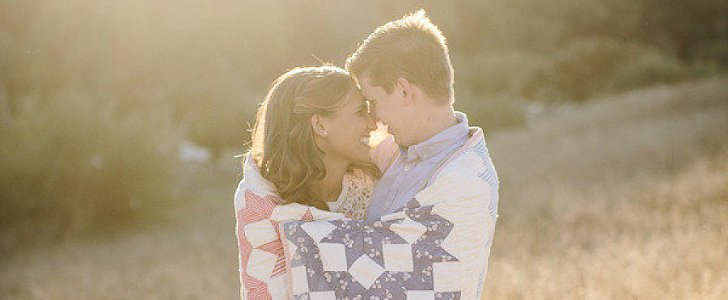 20 Gorgeous Style Ideas For a Winter Engagement Shoot