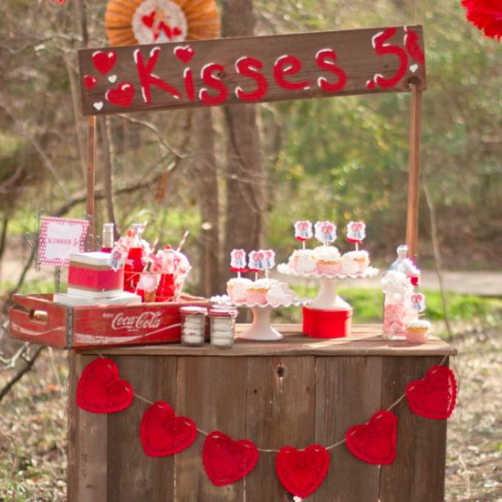 15 Valentine's Day Decorating Ideas That'll Have You Seeing Hearts