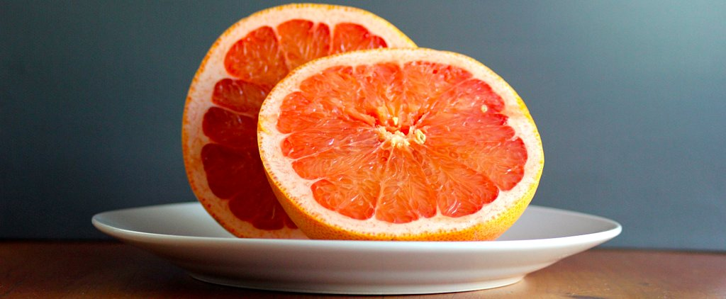 Why Researchers Recommend Eating Half a Grapefruit Before Breakfast