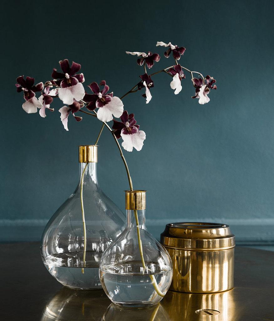 Entryway: Incorporate a Vase
