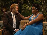 """SNL"" Flawlessly Spoofs ""The Bachelor"" With Blake Shelton's ""Farm Hunk"""