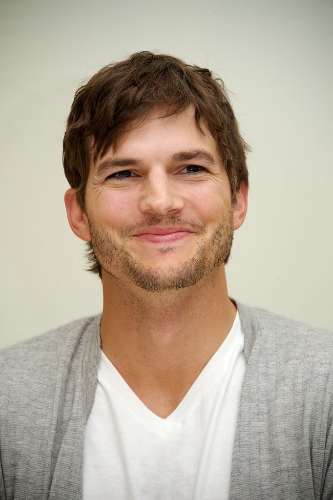 Sexy Ashton Kutcher Pictures | POPSUGAR Celebrity Ashton Kutcher