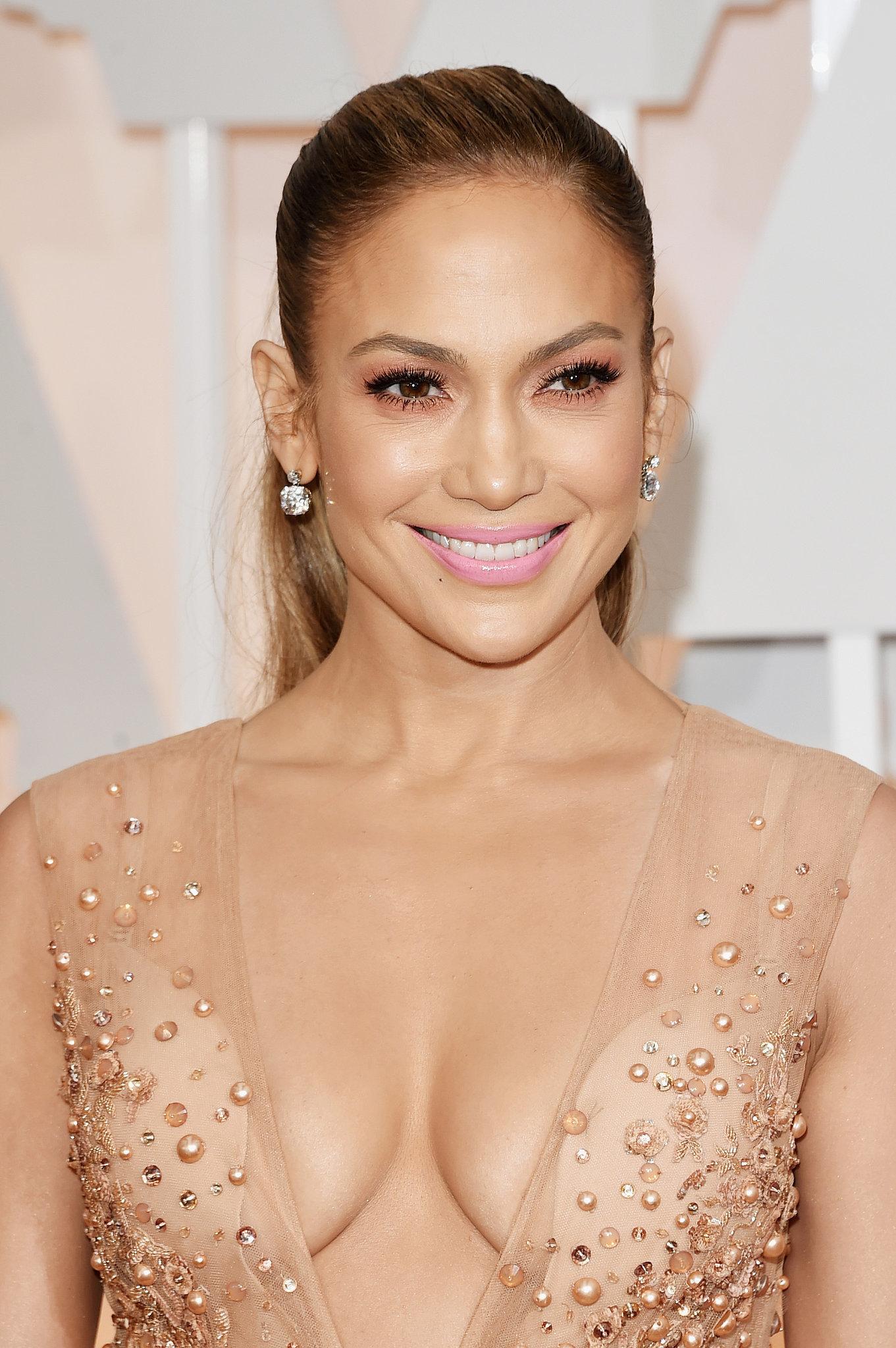 Hollywood Crush Jennifer-Lopez-Elie-Saab-2015-Oscars