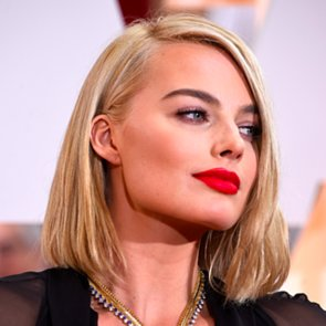 Margot Robbie Hair and Makeup at the Oscars 2015